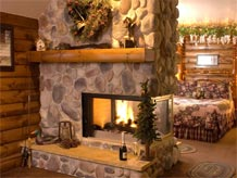 Weekend Getaways from Chicago with Whirlpool for two and fireplace