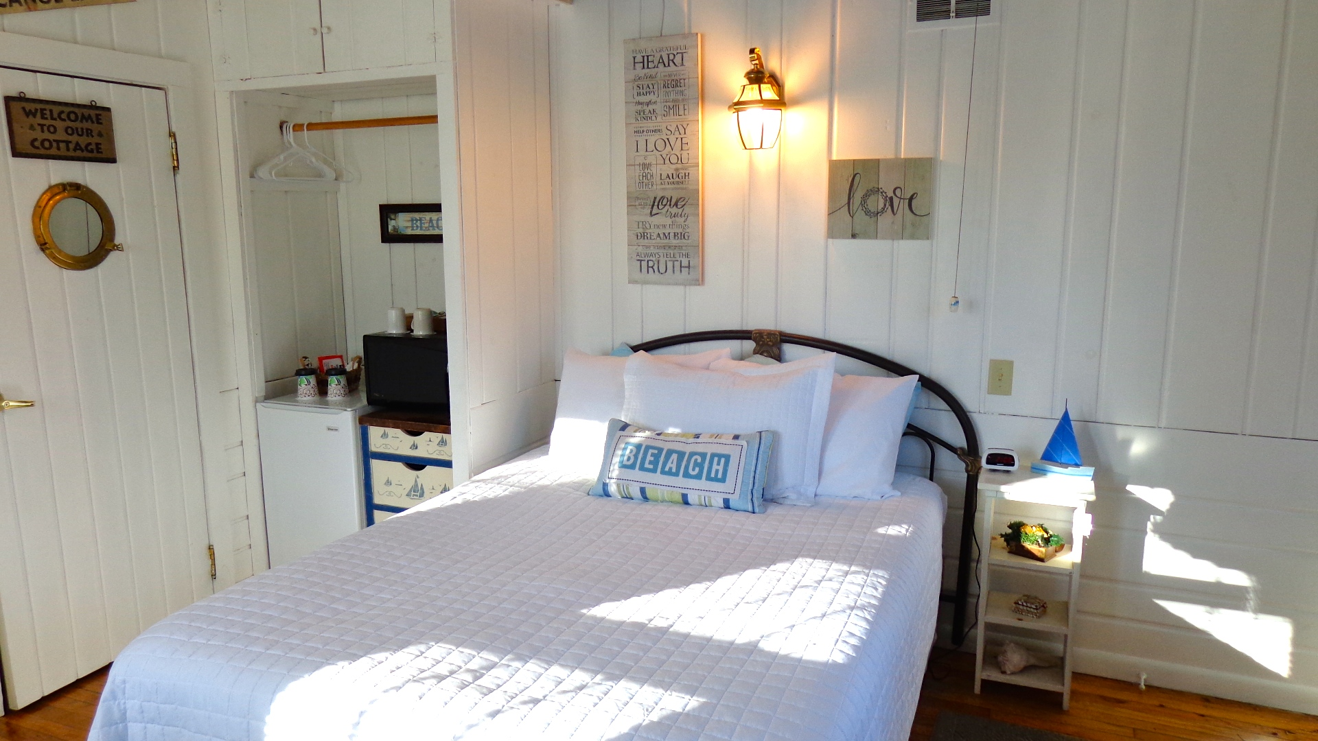 B&B Room: Beachcomber's Room
